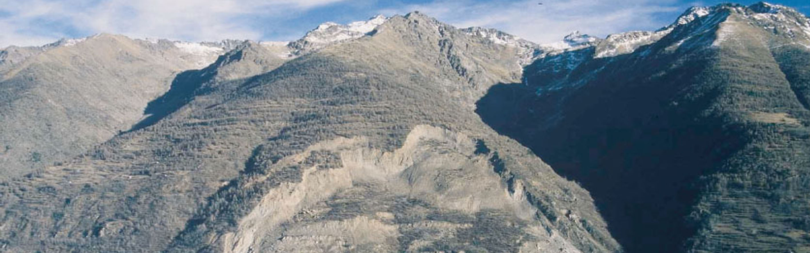 La Clapîère landslide: view of the unstable slope in 2003
